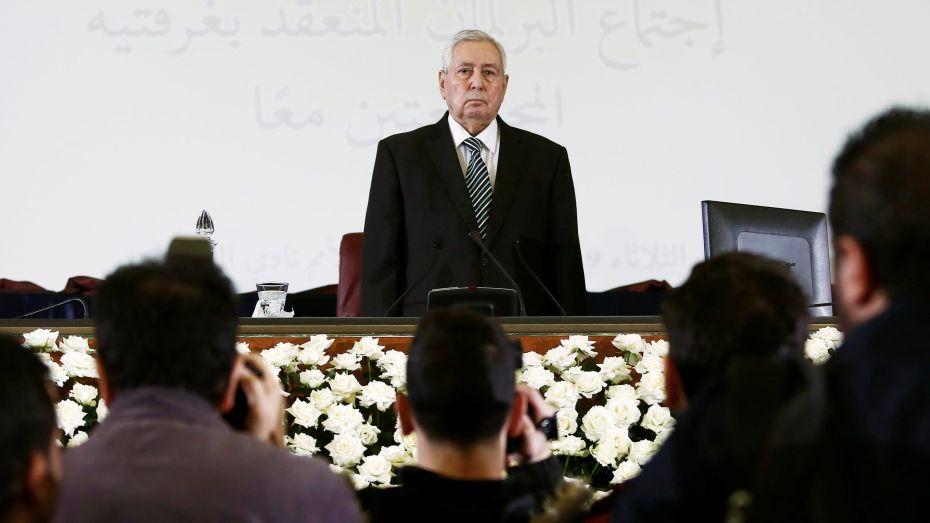 بعد صراع مع المرض.. رئيس الدولة السابق عبد القادر بن صالح في ذمّة الله