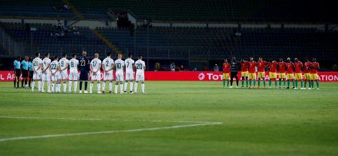 قلوب الجزائريين بلغت الحناجر قبل المباراة فغينيا ليست خصما سهلا