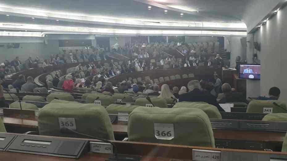البرلمان.. جلسة للتثمين والشكر