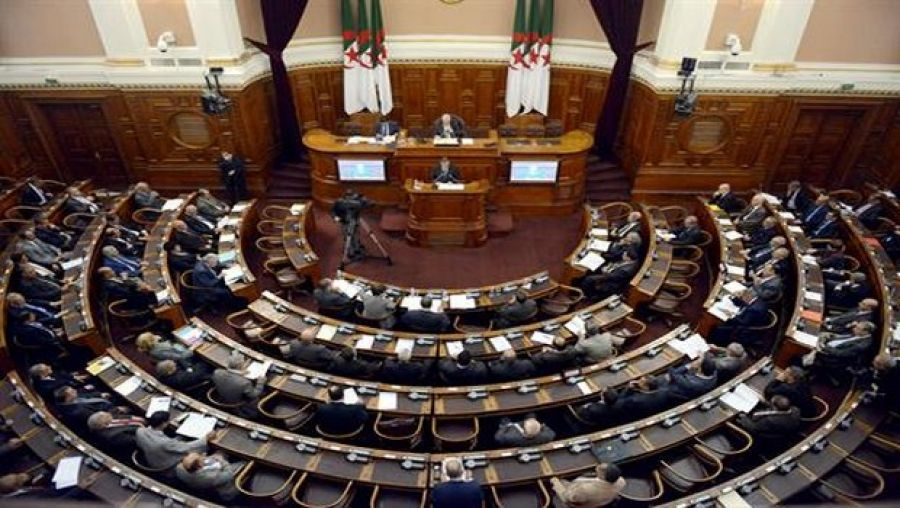 مجلس الأمة يستأنف العمل بالجمعة