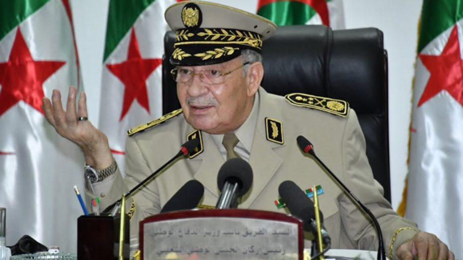 قايد صالح يدعو للاستعانة بالماضي للتغلب تحديات الحاضر