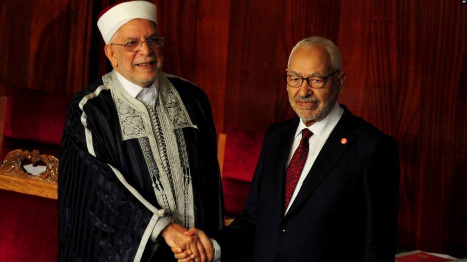 راشد الغنوشي يتقلد أول منصب رسمي له في تونس