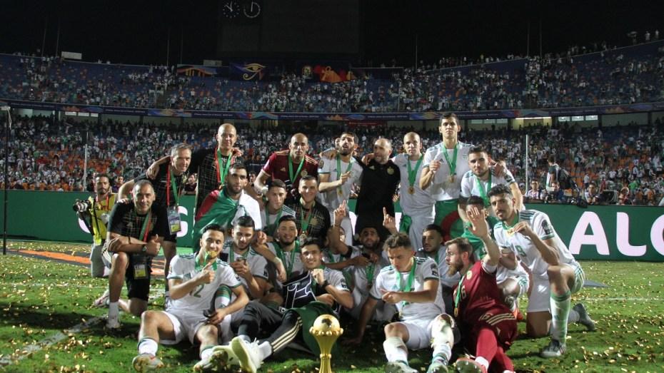 مدرب فرنسي يُرجّح بلوغ الجزائر مونديال قطر