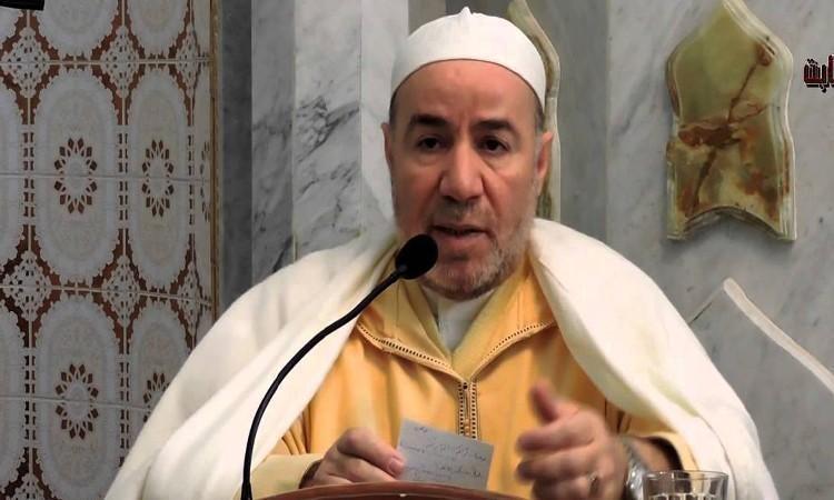 بلمهدي يدعم قرار السعودية في تعليق رحلات العمرة