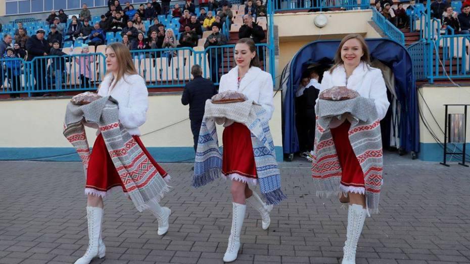 بالصور  الدوري البيلاروسي يتحدى كورونا
