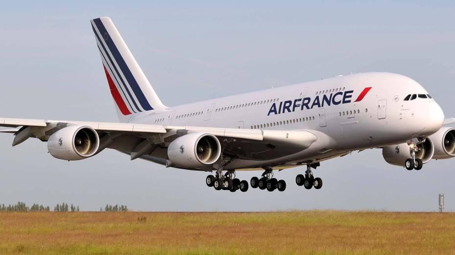 فرنسا تأجل رحلاتها نحو الجزائر