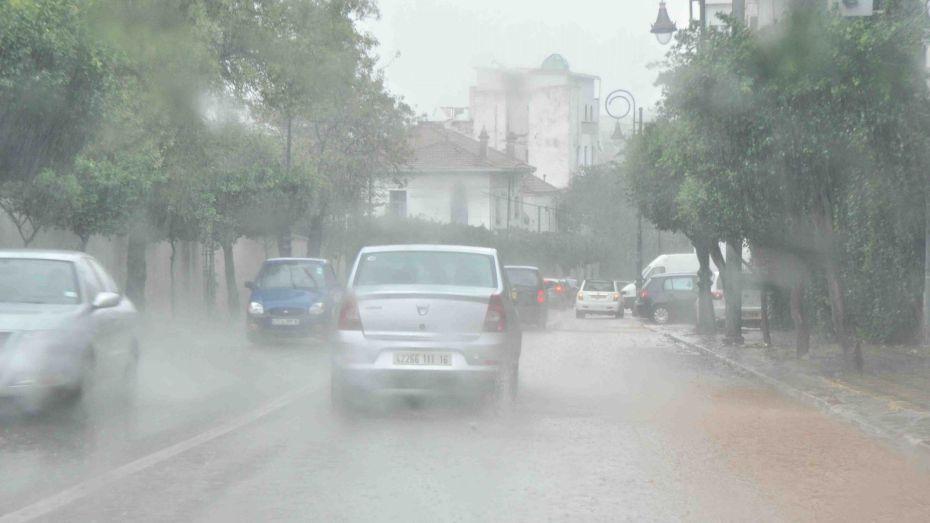أمطار رعدية بـ 14 ولاية اليوم