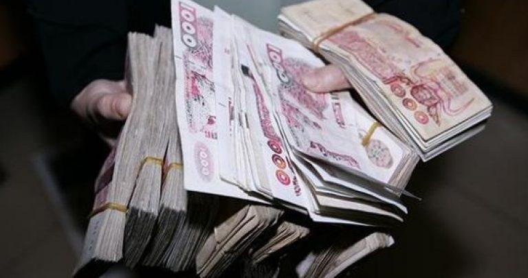 الحكومة تكشف خطتها لاسترجاع الأموال المنهوبة ومحاربة الفساد
