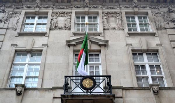 تحويل قنصلية الجزائر في لندن إلى قنصلية عامة