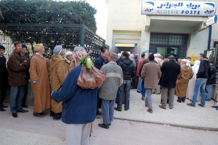 الكشف عن الأموال التي سحبها الجزائريين من مراكز البريد