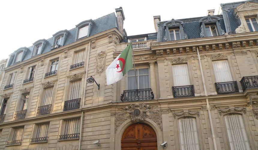 سفارة الجزائر بتركيا تشرع في إحصاء العالقين