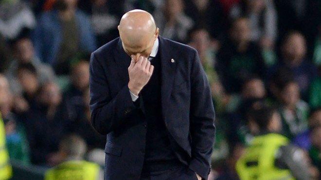 زيدان يضح حدا لقصته مع نادي ريال مدريد