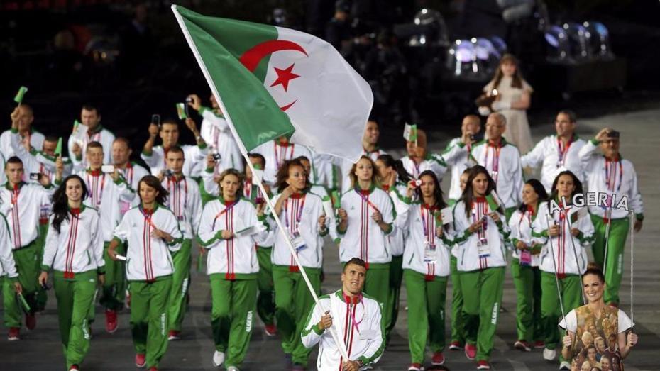 """بطل جزائري يعلن الاعتزال بسبب """"الحقرة"""""""