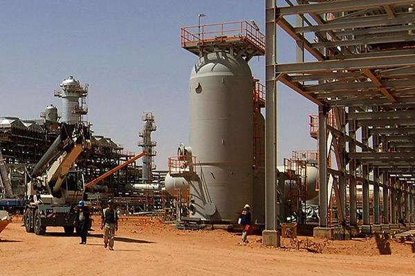 أزيد من 20 مليار دولار استثمارات الغاز في الجزائر