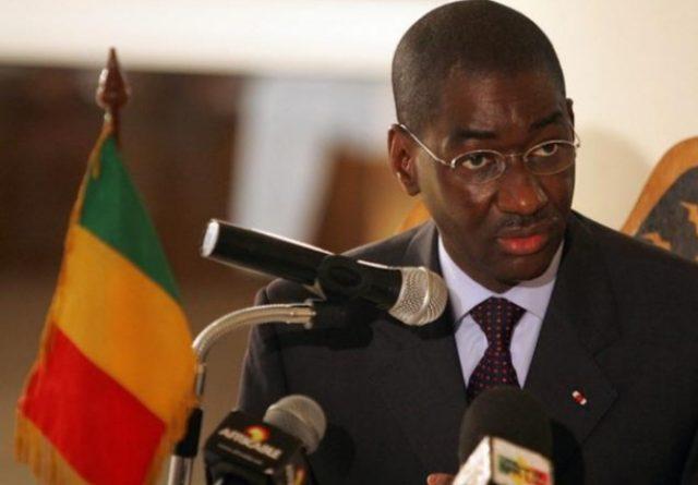 الوزير الأول المالي يشدد على ضرورة العودة لاتفاق الجزائر