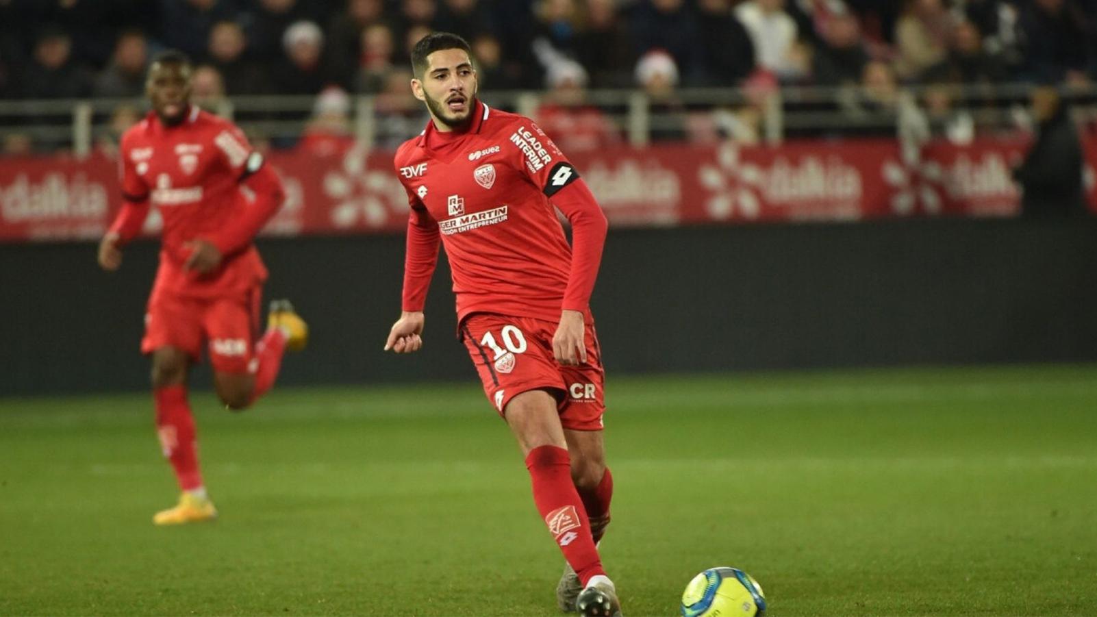 هذا ما حصل للاعب الجزائري ياسين بن زية بعد غياب دام أكثر من عام بسبب الإصابة