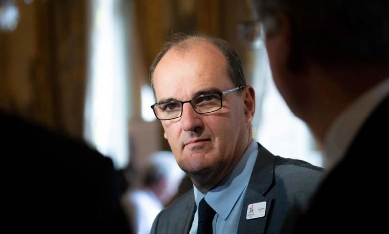 """رئيس وزراء فرنسا: فرنسا تواجه عدواً حقيقياً وأيديولوجياً هو """"الإسلام المتطرف""""!"""