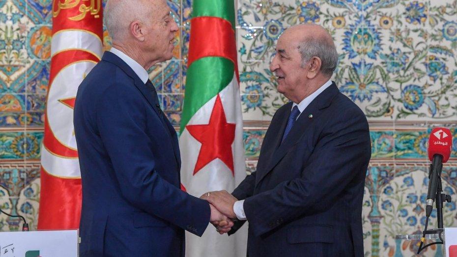 قيس سعيّد تونس يراسل عبد المجيد تبون.. أتمنى لك وافر الصحة