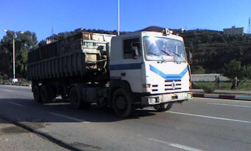 """منع سير مركبات نقل البضائع خلال أيام """"الاقتراع"""""""