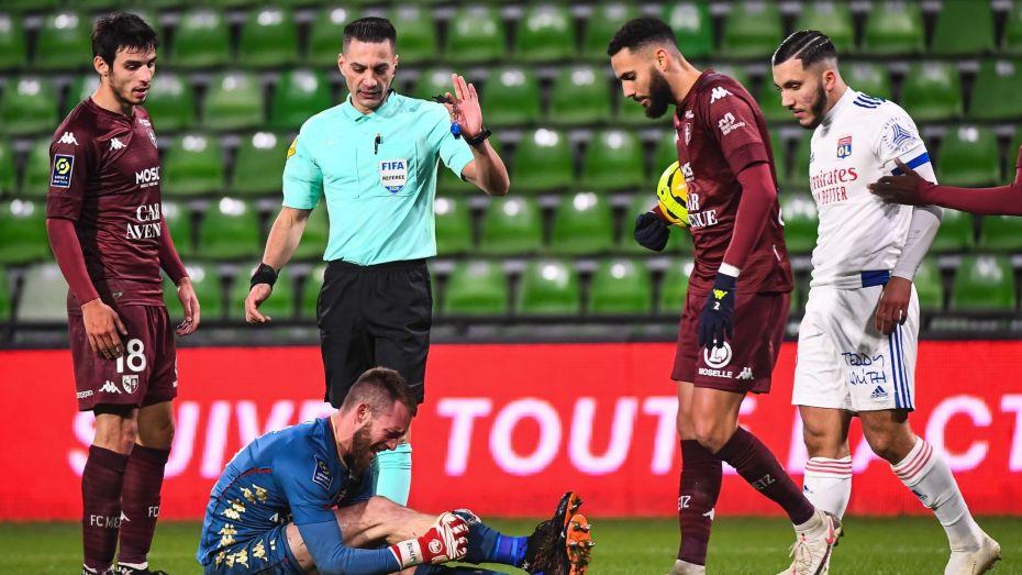 ريان يعلق على تسببه في إصابة الحارس الجزائري أوكيجة