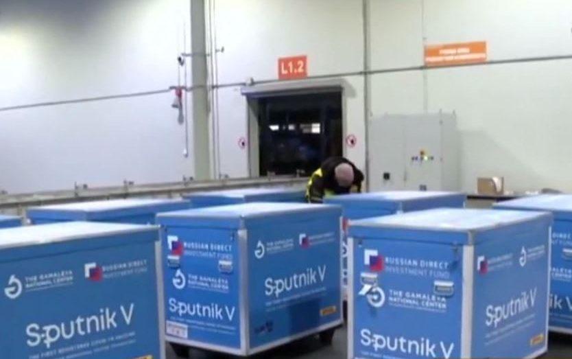 """روسيا تعلن توريد شحنات إضافية من لقاح """"سبوتنيك في"""" إلى الجزائر"""