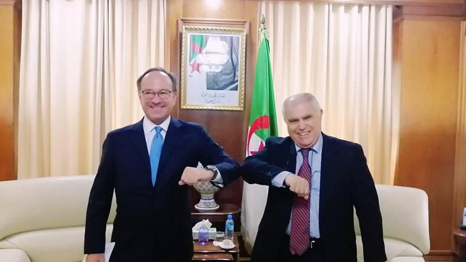 وزير الطاقة يدعو المؤسسات الإيطالية إلى الاستثمار في الجزائر