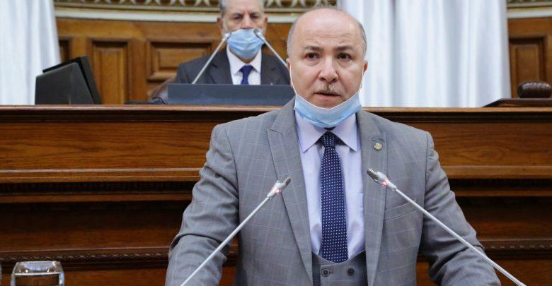 وزير المالية.. يجب رفع اللبس الذي يشكل التطبيق الصحيح لقانون المالية 2021