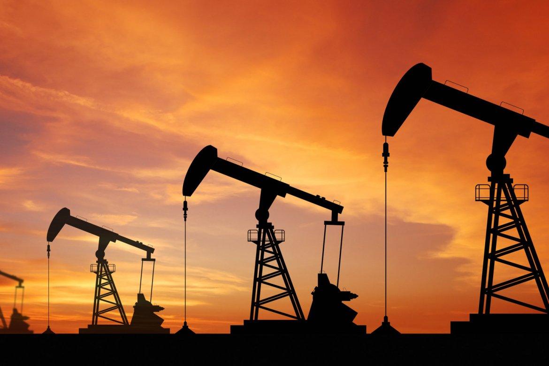 بعد الكشف عن المخزونات الأمريكية.. أسعار النفط تتراجع
