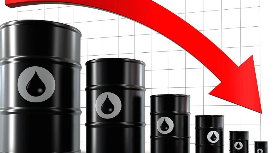 النفط يحقق أطول موجة خسائر منذ فيفري 2020
