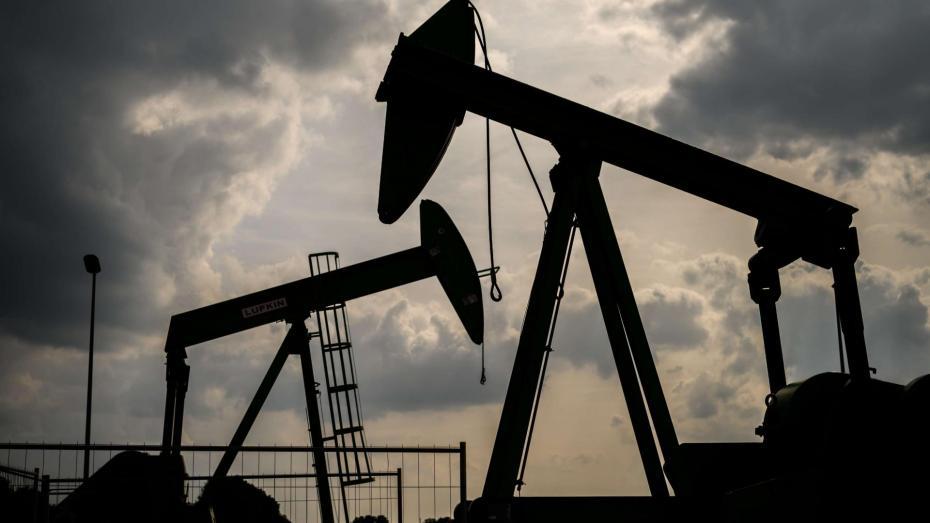 بسبب إجراءات العزل في الصين.. أسعار النفط تعاود التراجع