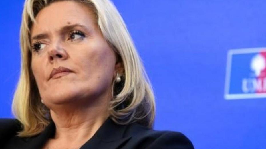 """برلمانية فرنسية تصف تعامل ماكرون مع """"ملف الذاكرة"""" بالخيانة والجبن"""