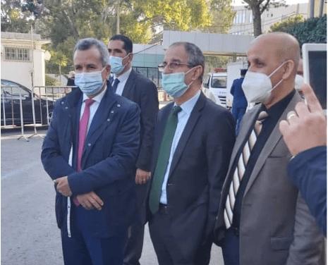 وزير الصحّة ووزراء آخرين يتلقّون لقاح كورونا