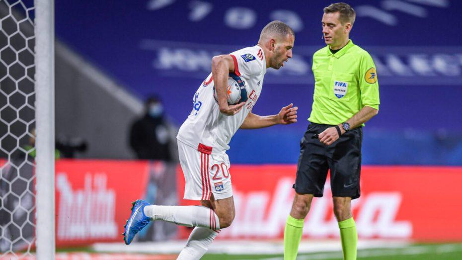 بالفيديو.. إسلام سليماني يُوقع أولى أهدافه في الدوري الفرنسي بطريقة جميلة