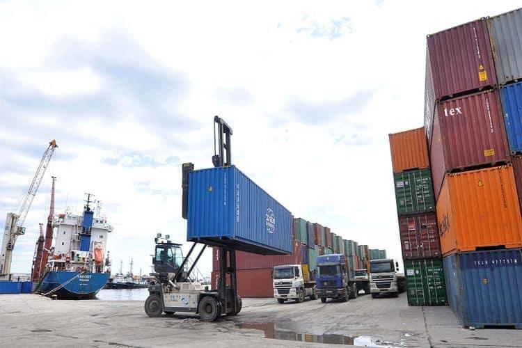 صادرات الجزائر خارج المحروقات تحقق نتائج إيجابية مقارنة بالسنة الماضية