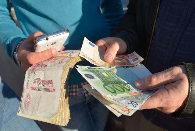 أسعار الصرف في الجزائر بين السوق الرسمية والموازية