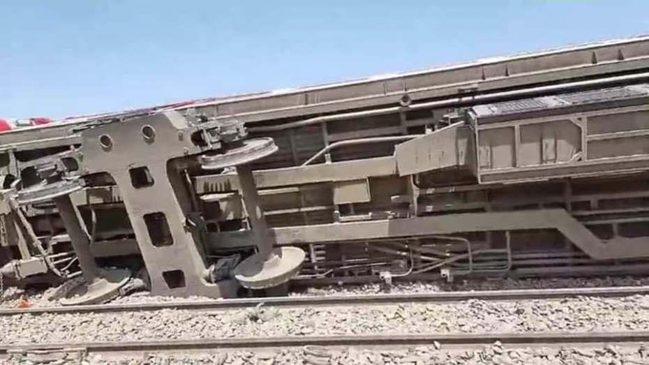 سقوط عشرات الضحايا في حادث تصادم قطارين في مصر