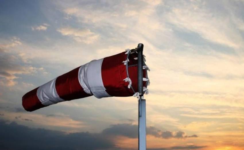 أحوال الطقس: رياح قوية وتطاير للرمال في 6 ولايات