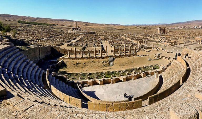 بن دودة: 42 بالمائة من مساحة الجزائر تراثية وثقافية