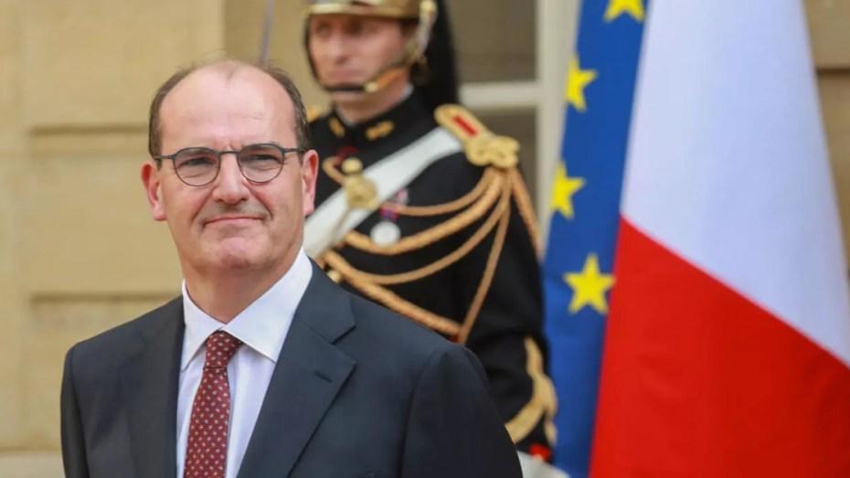 رئيس الوزراء الفرنسي في زيارة للجزائر يوم الأحد القادم