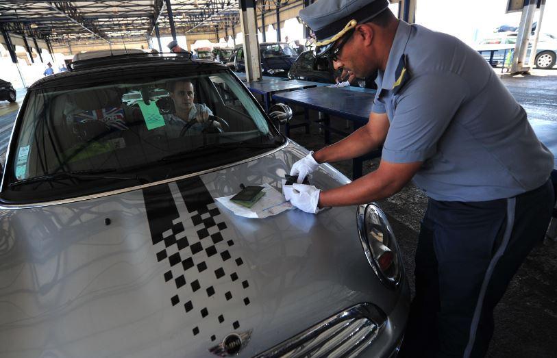 تعرّف على شروط استيراد السيارات بصفة مؤقتة أو نهائية
