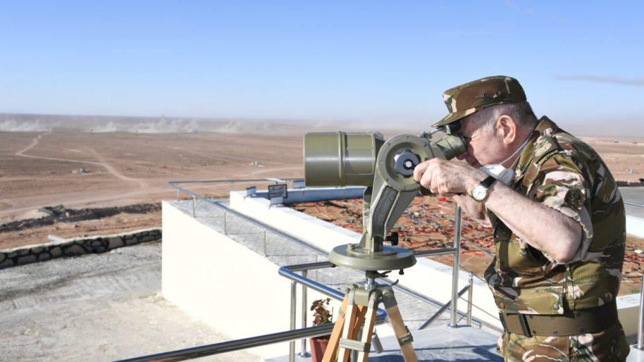 شنقريحة يشرف على تمرينات عسكرية على الحدود الليبية
