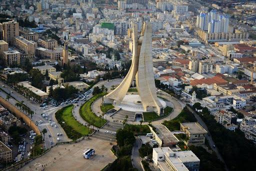 منها الجزائر.. 3 مدن عربية من بين أسوأ 10 مدن للعيش في العالم