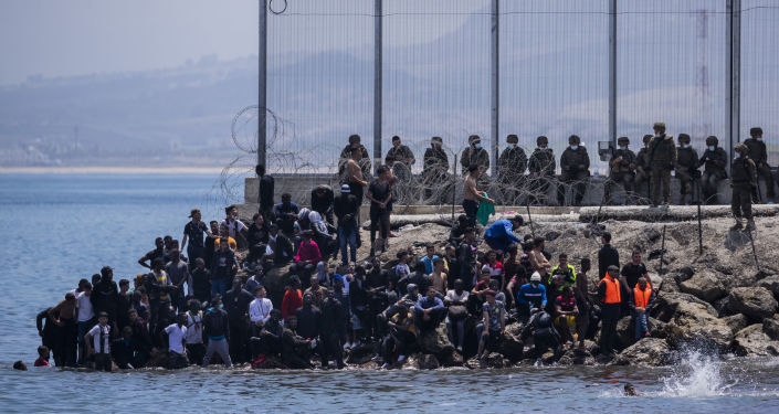 إسبانيا تضيق الخناق على المغرب في البرلمان الأوربي وتصعيد عسكري على الحدود البحرية
