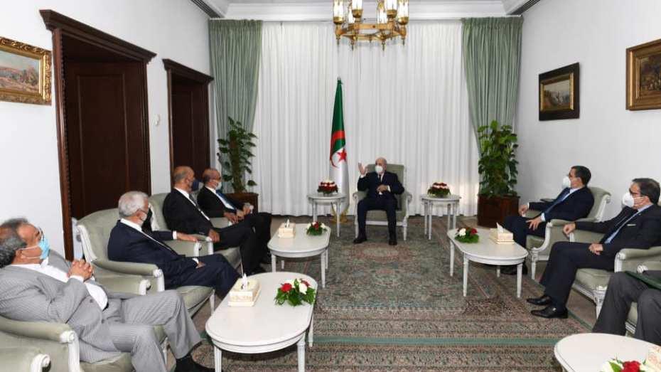 تبون يستقبل وفدا ليبيا هاما