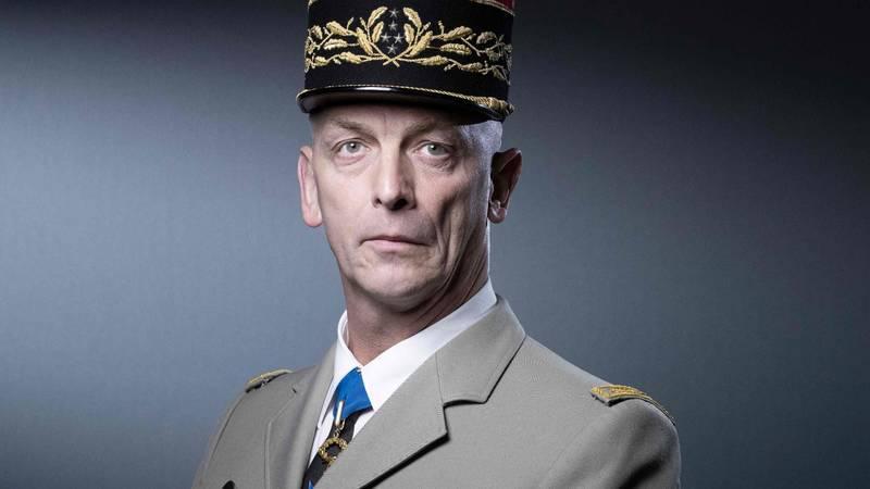 أيامة بعد إنهاء ماكرون عملية بورخان في الساحل.. تنحي رئيس أركان القوات المسلحة الفرنسية