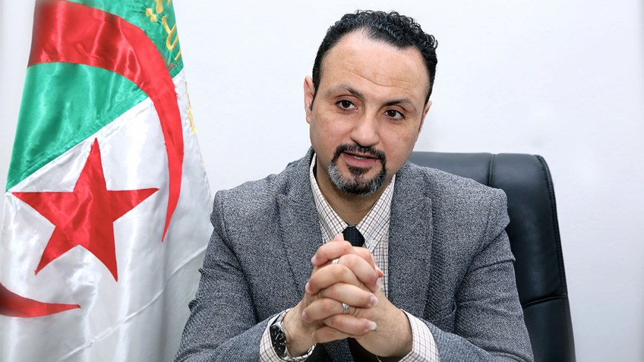 سليم دادة أول جزائري يقلد بوسام النجمة الإيطالية من قبل الرئيس ماتاريلا