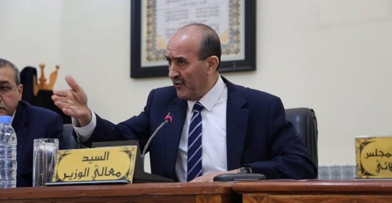 وزير الداخلية يجري حركة في سلك الدوائر
