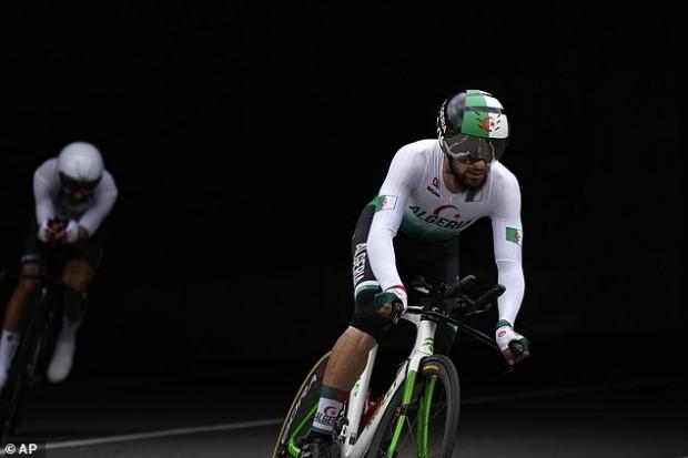 شاهد.. دراج جزائري يتعرض للعنصرية في أولمبياد طوكيو