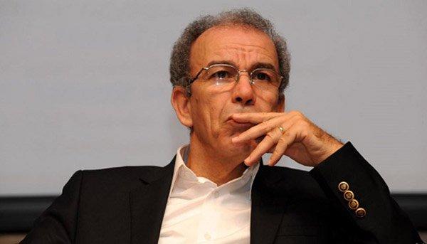 مفكّر أمازيغي مغربي يصف خرجة سفير بلاده ضد الجزائر بالخيانة العظمى