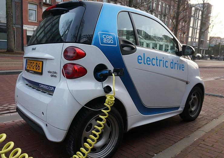 نحو تصنيع سيارة كهربائية جزائرية